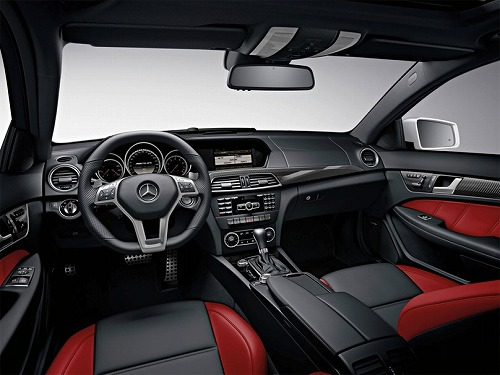 Mercedes-Benz C63 AMG Coupe-2012-04.jpg