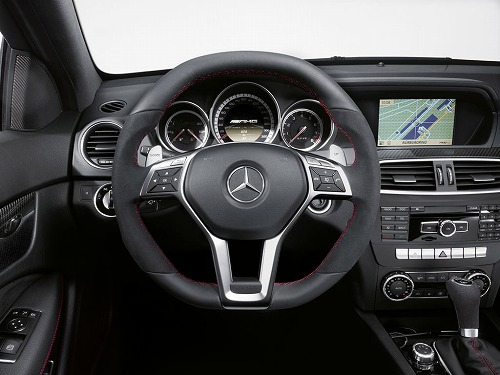 Mercedes-Benz C63 AMG Coupe Black Series-05.jpg
