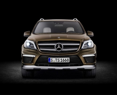 Mercedes-Benz GL 350 Bluetec 4Matic-02.jpg