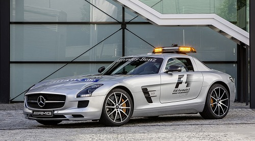 Mercedes-Benz SLS AMG GT F1 Safety Car-01.jpg