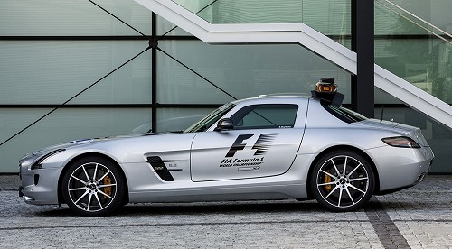 Mercedes-Benz SLS AMG GT F1 Safety Car-02.jpg
